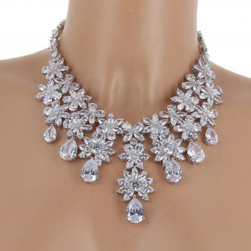 Parrure Collier et Boucles d'oreilles femme Cristal de Zirconium Swarovski doré à l'OR, AESA