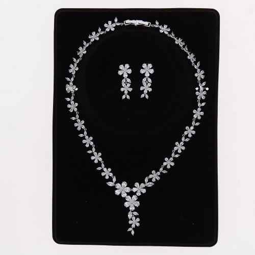 Parrure Collier et Boucles d'oreilles femme Cristal de Zirconium Swarovski doré à l'OR, REINA