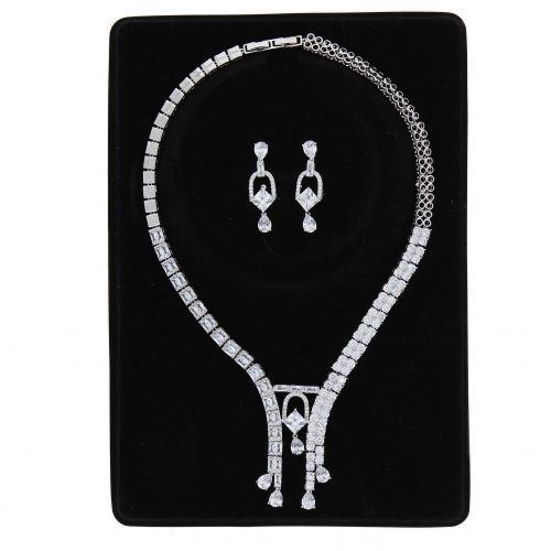 Parrure Necklace and Earrings Kaled