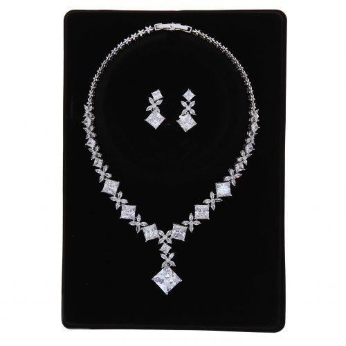 Parrure Collier et Boucles d'oreilles femme Cristal de Zirconium Swarovski doré à l'OR, RINA