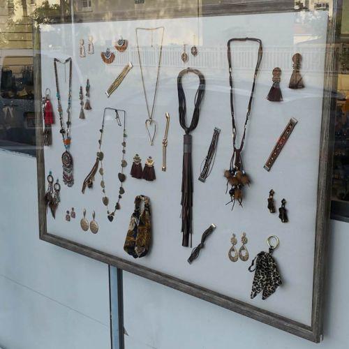 Marco, soporte de exhibición de joyas 750/450